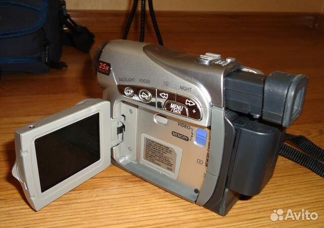 Видеокамера JVC GR-D270E новая
