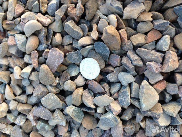 Природный гравий представляет собой натуральный материал естественного происхождения