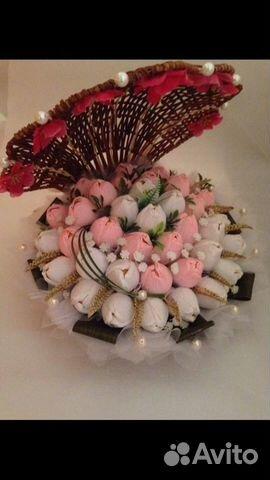 Букеты из конфет марсианка