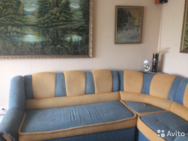 Продается трехкомнатная квартира за 2 800 000 рублей. Курск, улица Крюкова, 16Б.