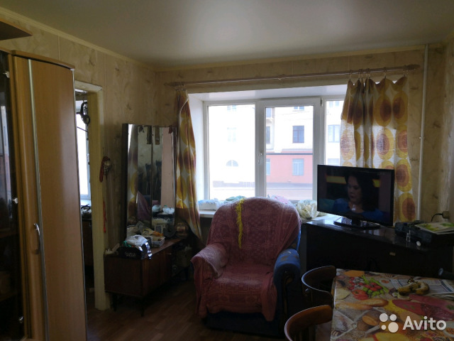2-room apartment, 43 m2, 2/5 floor.