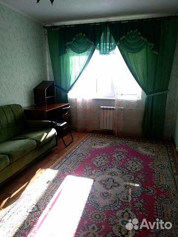 Продается трехкомнатная квартира за 3 500 000 рублей. г Курск, пр-кт Вячеслава Клыкова, д 5.
