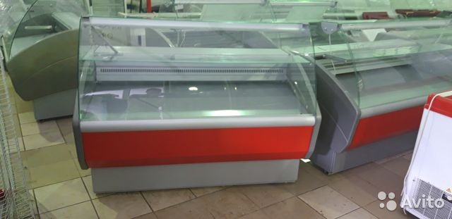Refrigerated display case buy 1