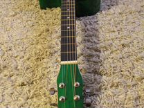 Belucci -гитара -фолк