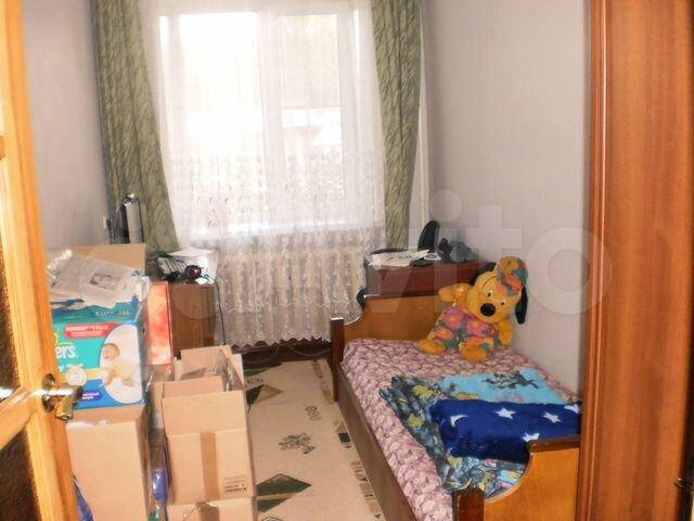 Продается трехкомнатная квартира за 1 400 000 рублей Алтайский край, Благовещенский р-н, рп Степное Озеро, ул Химиков, д 6