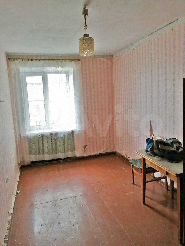 2-room apartment, 48 m2, 3/3 floor.  89819524186 buy 3