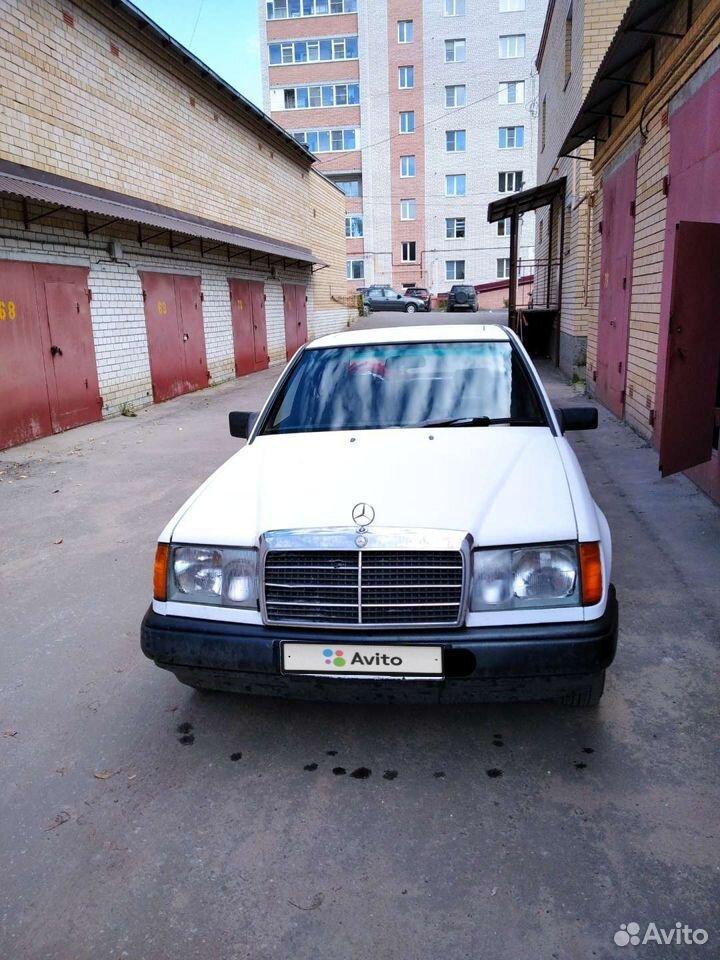 Mercedes-Benz W124, 1988  89066131989 купить 2