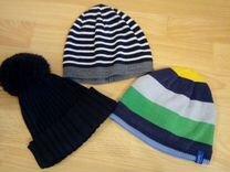 Продам шапки комплектом